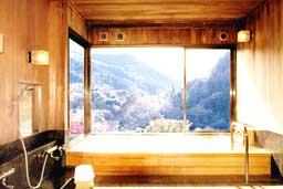 木の貸切風呂
